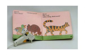 Example of hot glue separators for a picture book